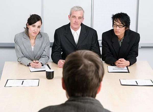 What Do Recruiters Interviewers Look at When Deciding Between Two Equally Good Finalists?
